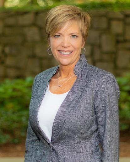 Michelle Lee, CPC